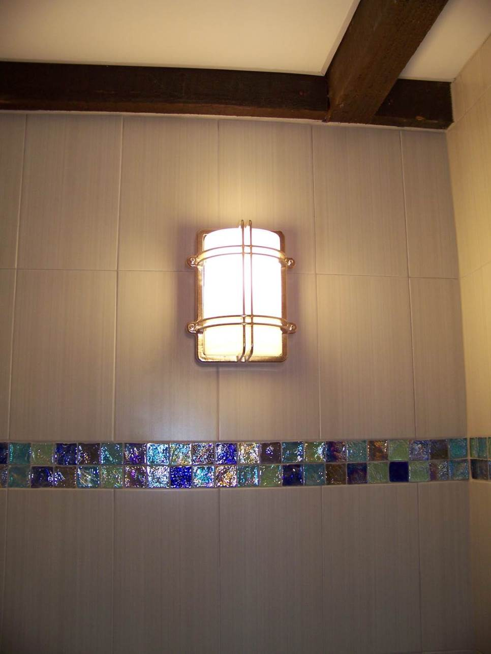 Beams,Tile and Lighting